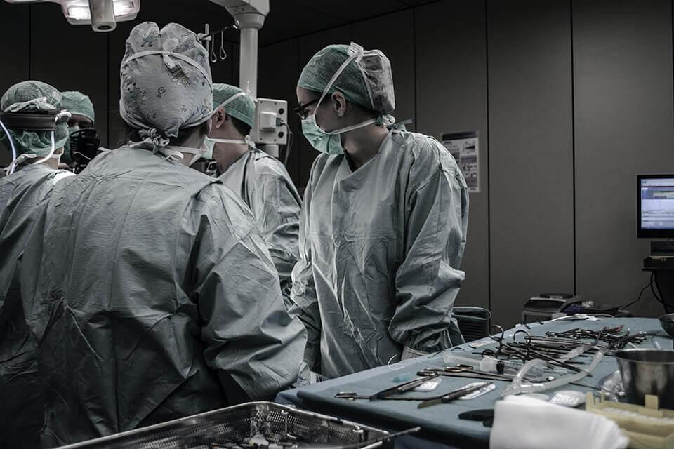 為什麼會全身抽脂死亡?專業台中抽脂推薦醫師來解答!